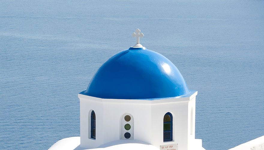 greek-church-in-Oia-Santorini-and-Caldera